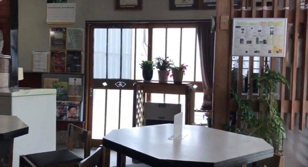 甘味喫茶 塩川の店内