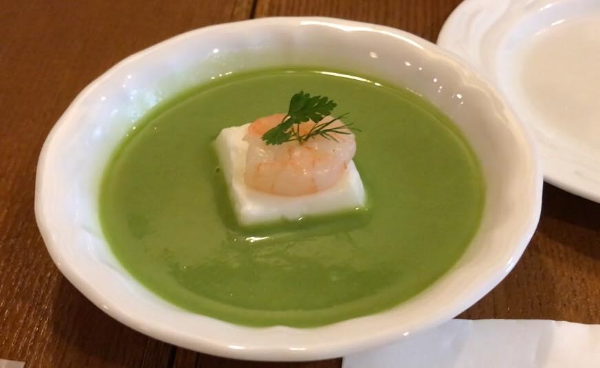 松本市 フレンチ レストラン ラトリエスズキのランチコースのポタージュ