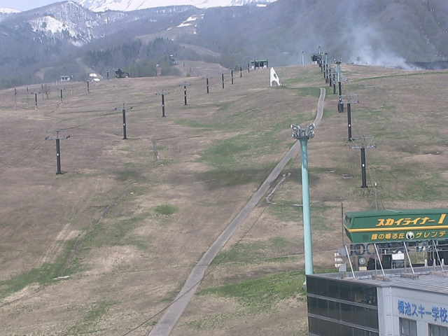 栂池高原スキー場(鐘の鳴る丘ゲレンデ)ライブカメラ