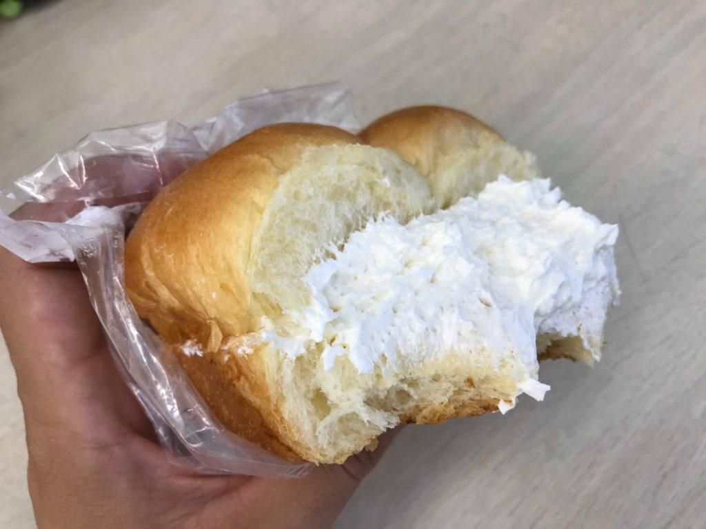 クリームがおいしい牛乳パン