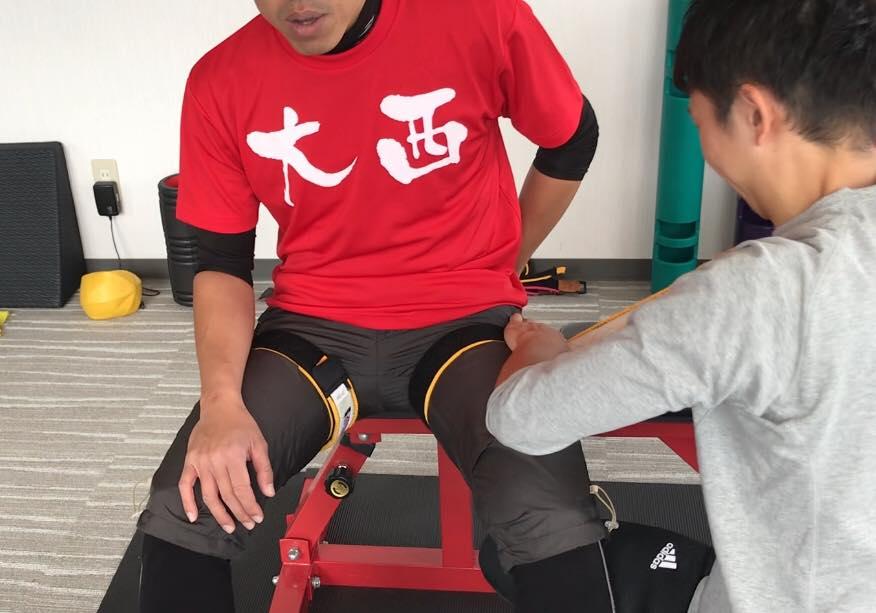 松本市 加圧トレーニングスタジオ ボアソルチで足の加圧トレーニング