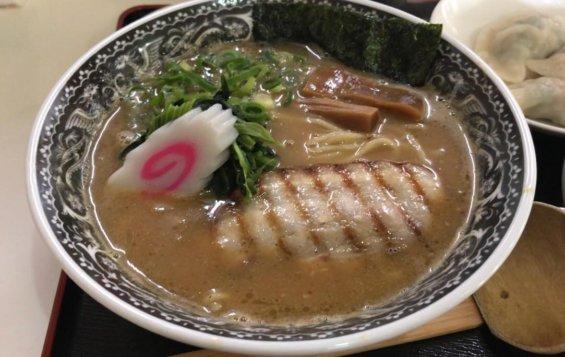 濃厚魚介拉麺