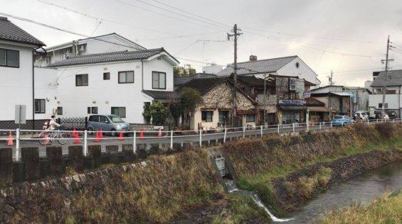 松本市女鳥羽川