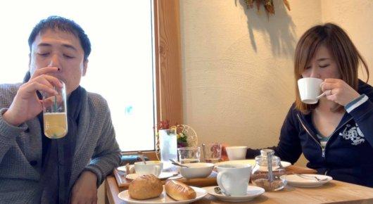 あづみのるベーカリーのカフェスペース