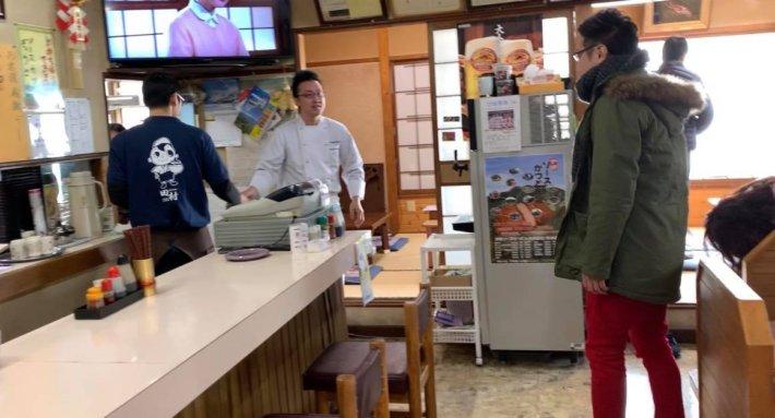 伊那市 田村食堂の店内