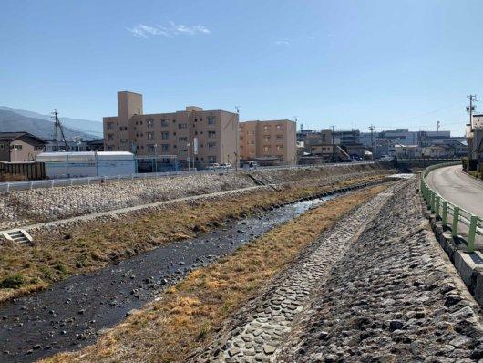 松本市清水