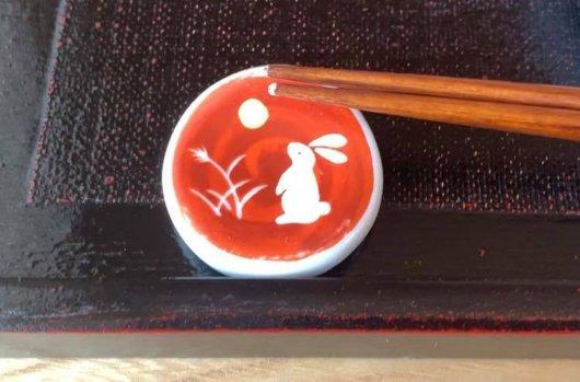 松本市 そば屋 兎々屋の箸置き