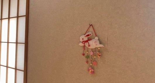 松本市 そば屋 兎々屋の壁飾り