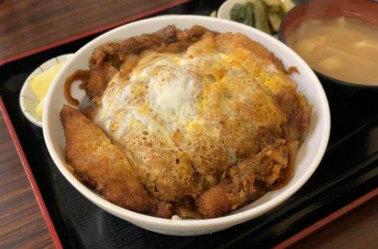 松本市 食堂 高橋のカツ丼