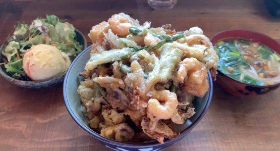 松本市 かき揚げ丼 三代食堂