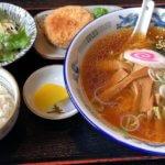 「めん処 金太郎」でコスパ抜群のラーメン定食ほか、ソースかつ丼など